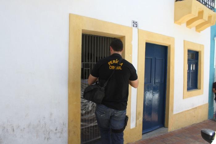 Corpo foi encontrado na manhã desta quarta-feira. Foto: Julio Jacobina/DP (Corpo foi encontrado na manhã desta quarta-feira. Foto: Julio Jacobina/DP)