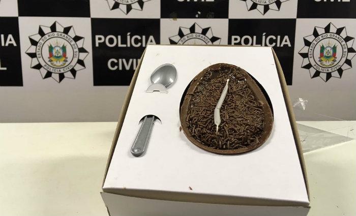 """As """"trufas"""" eram comercializadas no valor de R$ 7 e os ovos de Páscoa, R$ 45. Foto: Divulgação/Polícia Civil (Foto: Divulgação/Polícia Civil)"""
