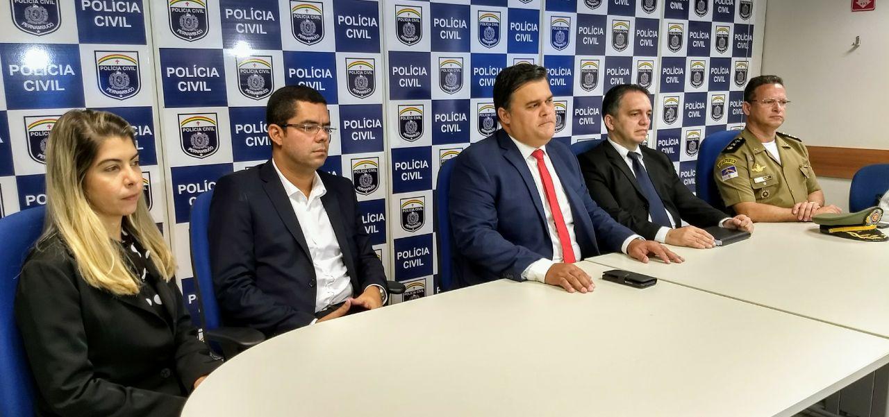 A Polícia Civil acredita que a carga, de origem paraguaia, seria distribuída em todo o estado