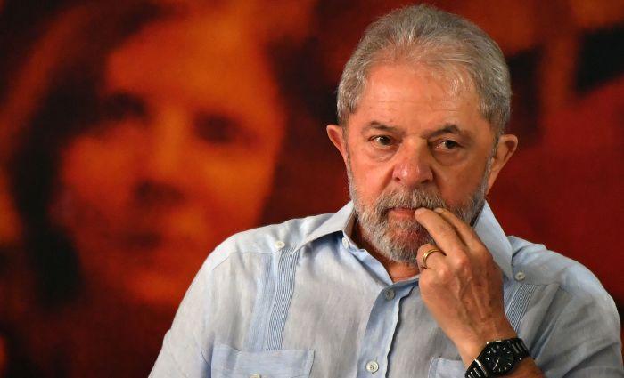 Dívida de Lula, do Instituto e da empresa de eventos seria de 15 milhões. Já Okamotto, que é presidente do Instituto Lula, teria débito de R$ 14 milhões. Foto: Nelson Almeida/AFP