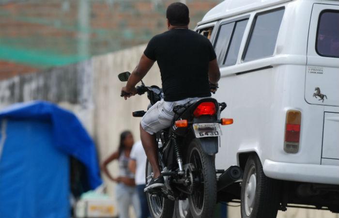 A análise foi realizada com base em prontuários e entrevistas feitas com 249 motociclistas internados no Recife e no Agreste Foto: Ricardo Fernandes/DP/D.A Press