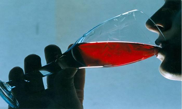Ingestão de álcool provoca derrame e outros problemas cardiovasculares. Foto: José Varella/CB/D.A Press