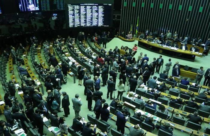 As leis eleitorais aprovados pela legislação atual farão com que a renovação na Câmara dos Deputados diminua na votação de outubro. Foto: Luis Nova/Esp. CB/D.A Press