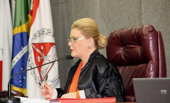 Adrienne Andrade chegou ao TCE em novembro de 2006. Foto: Karina Camargos Coutinho/TCE/Divulgação