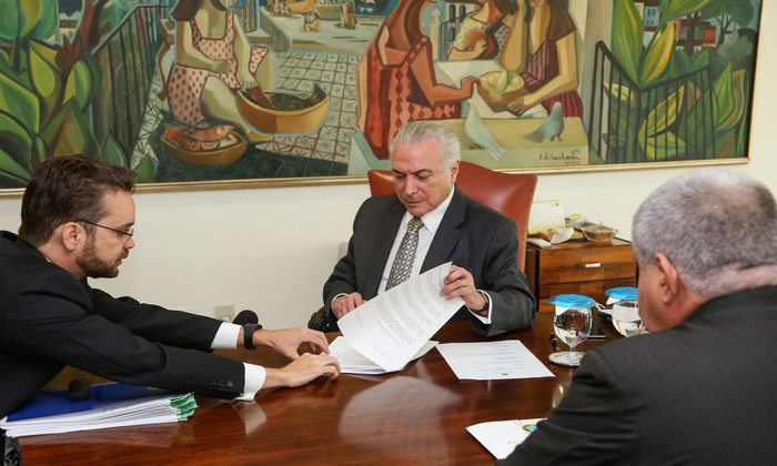 Temer assinou o decreto nesta segunda-feira. Foto: Marcos Corrêa/PR