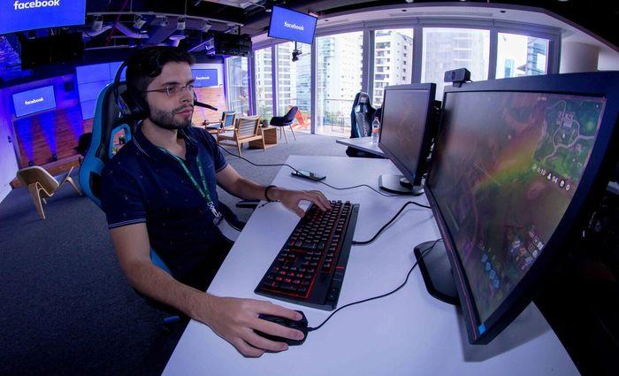 Facebook Gaming Creator Pilot Program, é uma iniciativa focada em ajudar os gamers a criar e engajar suas comunidades. Foto: Divulgação/Facebook
