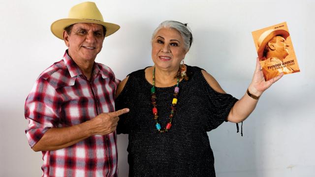 O músico Petrucio Amorim e a escritora Graca Rafael, autora de biografia sobre o forrozeiro. Foto: Társio Alves/Divulgação