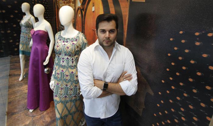 (De acordo com Herácliton Diniz, que está à frente do Empório HD, os clientes de Boa Viagem são menos conservadoras em termos de moda. Foto: Ricardo Fernandes/arquivo)