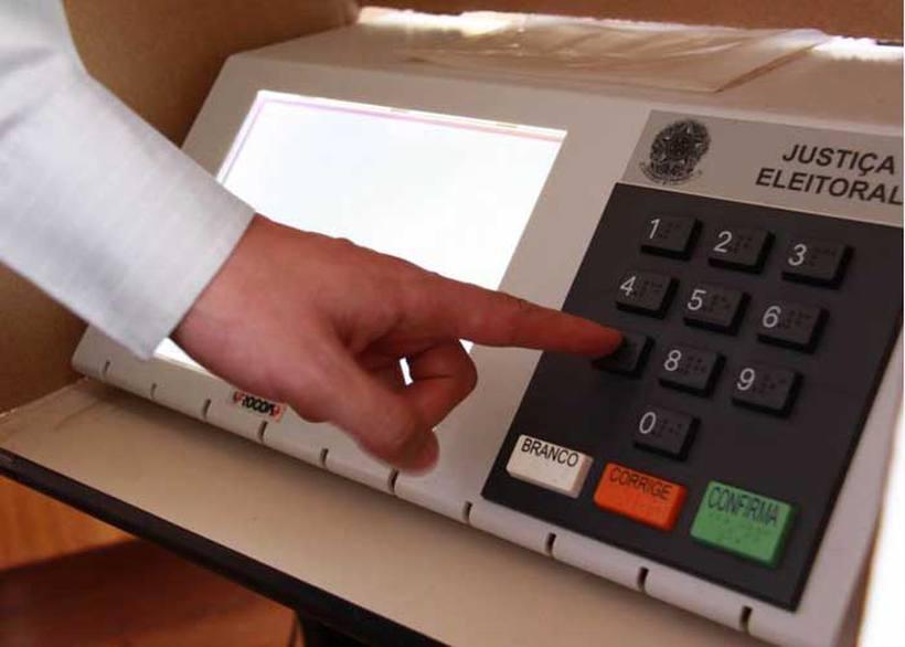 No pleito de 2014, número de eleitores que anulou a escolha atingiu 5,8% e os que votaram em branco, 3,8%. Foto: Lula Lopes/Esp. CB/D.A Pres