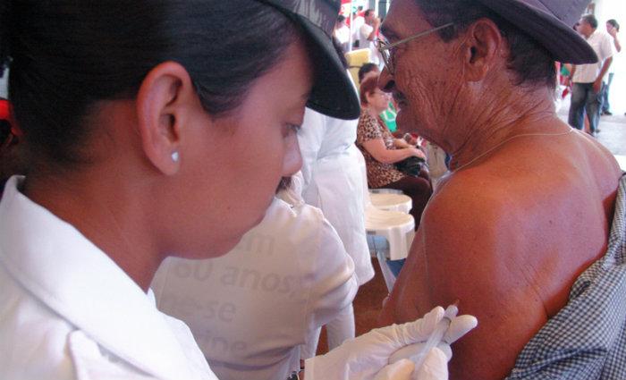 Quem ainda não tomou a vacina pode procurar um posto de saúde. Foto: SES/Divulgação