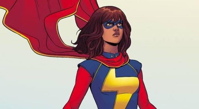 Miss Marvel tem superpoderes de elasticidade, capacidade de transformação do corpo e aparência e fator de cura acelerado. Foto: Reprodução/Marvel