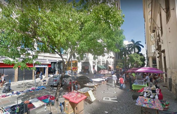 Prisões foram realizadas na Rua Uruguaiana, Centro do Rio Foto: Google Street View / Reprodução