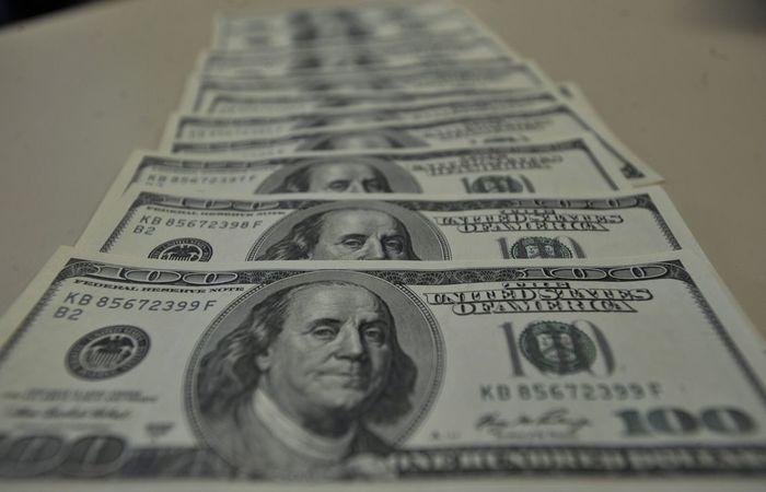 A alta do dólar ocorre mesmo com ajustes na atuação do Banco Central no mercado de câmbio. Foto: Marcello Casal Jr/Agência Brasil