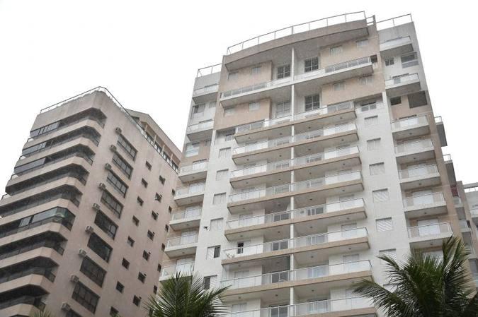 Tríplex que seria de Lula na praia do Guarujá, segundo acusação do MP: ex-presidente é suspeito de ter recebido o apartamento como propina. Foto: Nelson Almeida/AFP