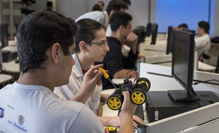 Nas escolas Nave, alunos são incentivados a desenvolver espírito empreendedor. Foto: Guanabaratejo/Divulgação
