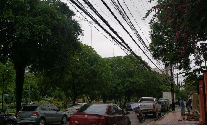 A companhia quer evitar acidentes com fiação elétrica. Foto: Arquivo/DP