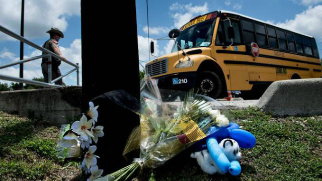 Adolescente de 17 anos matou 10 pessoas na sexta-feira (18/5) em sua escola do ensino médio de Santa Fe, Texas. Foto: AFP/Brendan Smialowski