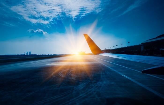 Rota prevê que aeronave decole do aeroporto Changi, de Singapura, e aterrisse em Newark, cobrindo 16.700 quilômetros. Foto: Reprodução/Freepik