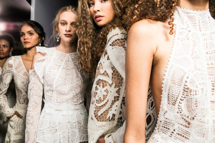 Trabalhos manuais são tendência forte para o futuro da moda, sendo cada vez mais celebrados nas passarelas. Foto: Nicolas Gondim/Divulgação