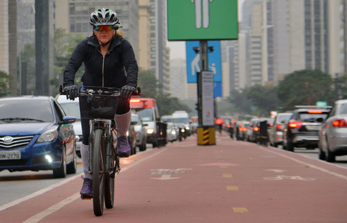 A partir do uso da bicicleta, seria possível, segundo o estudo, reduzir o fator de risco da falta de atividade física para aparecimento de diabetes e doenças cardiovasculares. Foto: Rovena Rosa/Agência Brasil