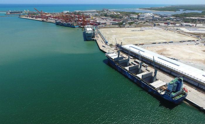 Porto de Suape aguarda licitação de projetos prioritários para o funcionamento. Foto: Porto de Suape/Divulgação