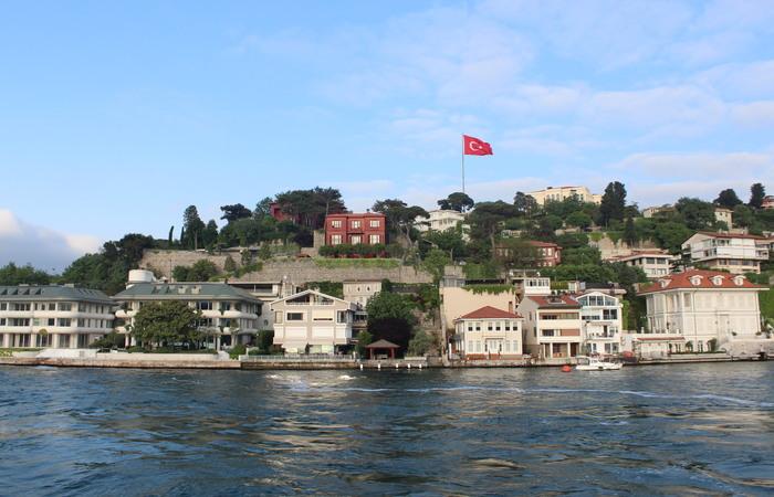 Passeio de barco pelo estreito de Bósforo (Alice de Souza/DP)