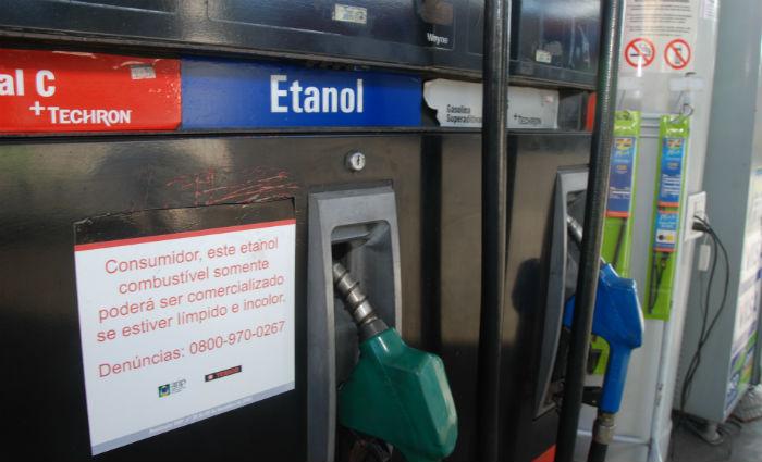 No Nordeste, a produção de álcool combustível já chegou a 2,3 bilhões de litros. Foto: Nando Chiappetta/DP (Foto: Nando Chiappetta/DP)
