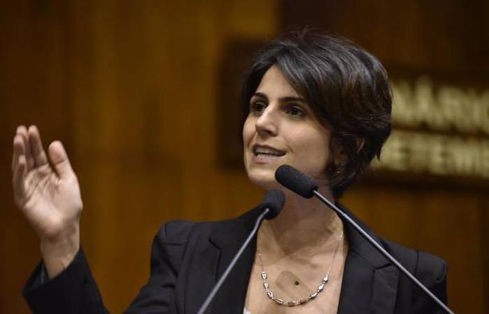 Manuela D'Ávila também afirmou que 'a direita brasileira é burra e mentirosa'. Foto: Facebook/Reprodução