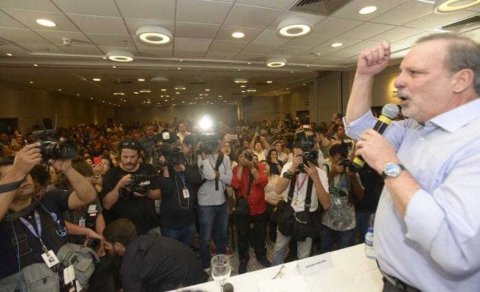 Armando Monteiro frisou que sempre vai homenagear o ex-presidente Lula. Leo Caldas/Divulgação
