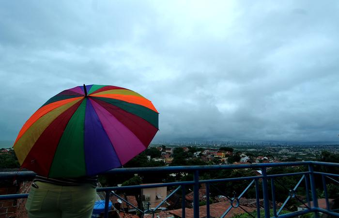 No Sertão de Pernambuco, o tempo segue parcialmente nublado, com pancadas de chuva, de forma isolada. Foto: Thalyta Tavares/Esp.DP