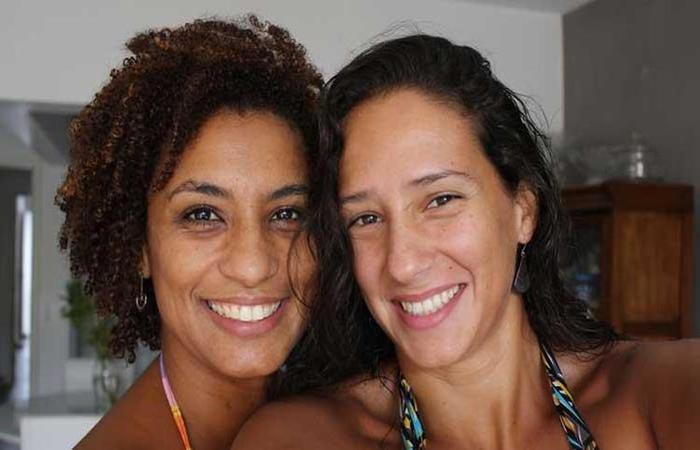 Marielle Franco, assassinada a tiros no Rio no dia 14 de maio, ao lado de Mônica Benício. Foto: Arquivo Pessoal