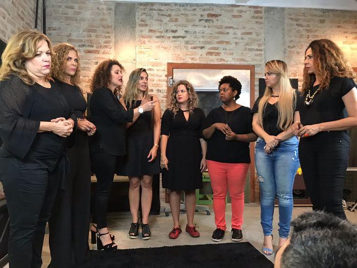 Artistas se reuniram para gravação do gingle no Recife. Foto: Reprodução