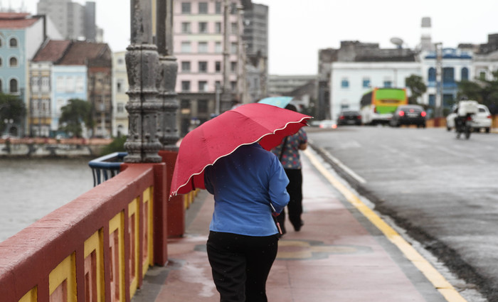 Na Região Metropolitana do Recife já foi possível sentir a diferença térmica no começo da manhã, com vento mais frio. Foto: Marlon Diego/DP