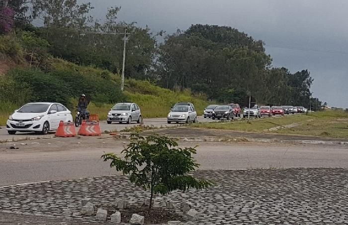 Situação do tráfego na BR 232 em Gravatá é de trânsito intenso.  Foto: Abraão Reis-PRF/Divulgação (Situação do tráfego na BR 232 em Gravatá é de trânsito intenso.  Foto: Abraão Reis-PRF/Divulgação)