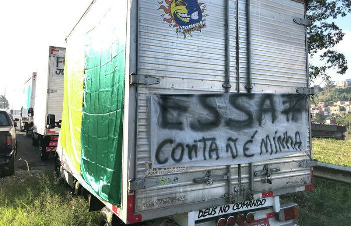 Paralisação nacional de caminhoneiros afetou todo o Brasil por mais de 10 dias no fim de maio de 2018 Foto: Roberto Parizzoti / Fotos Públicas