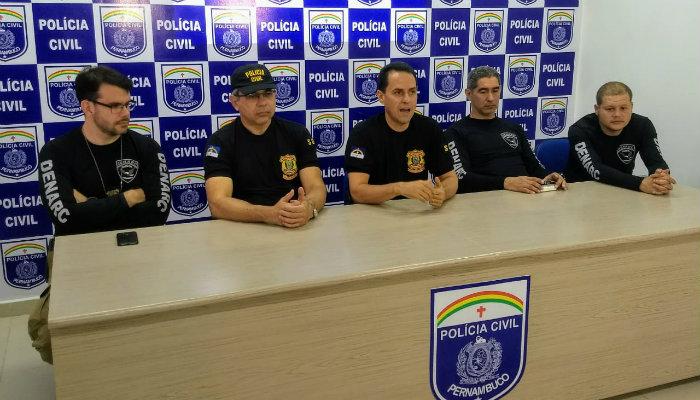 Equipe da Polícia Civil apresentou resultado da operação nesta terça-feira (26). Foto: PCPE/Divulgação