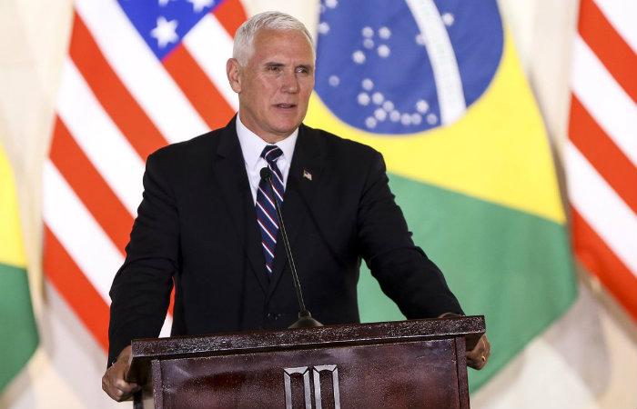 O vice-presidente do EUA, Mike Pence, durante declaração à imprensa, no Palácio Itamaraty./Marcelo Camargo/Agência Brasil