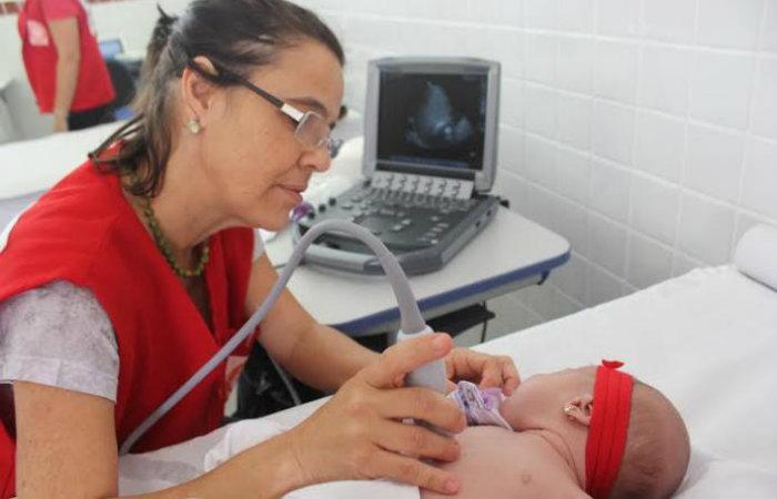 A médica Sandra Matos é especialista em cardiopatia pediátrica. Foto: Divulgação