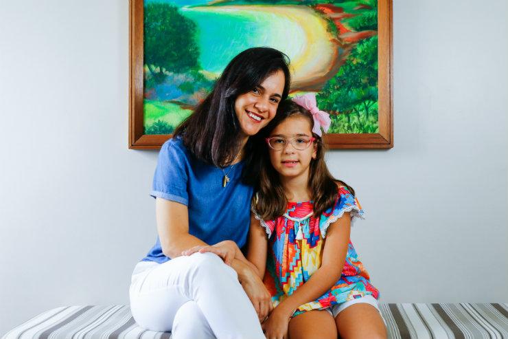 Para a mãe de Maria Luiza, Lais Friedheim, a fotofobia da filha foi o gatilho para que a família procurasse atendimento oftalmológico. Foto: Marlon Diego/Especial para o DP