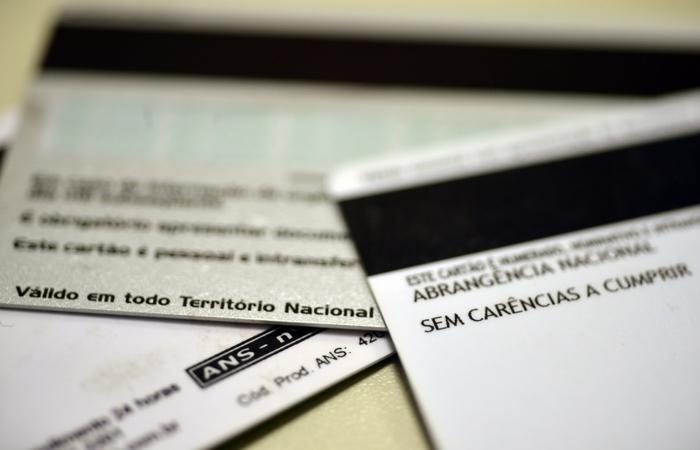 Realização de procedimentos, franquia e coparticipação, suspensão e rescisão de contratos e cobertura assistencial foram dúvidas mais recorrentes. Foto: Arquivo/Agência Brasil