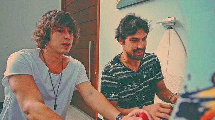 Os irmãos já conquistaram o top 10 do Beatport, maior streaming especializado em e-music do mundo. Foto: Instagram/Reprodução.