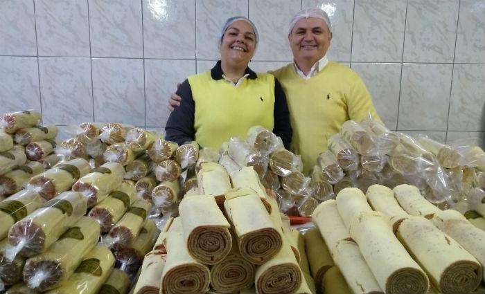 Oliveira e Karla adquiram know how ao longo de 20 anos e hoje conseguiram profissionalizar a empresa. Foto: Casa do Bolo de Rolo/Divulgação
