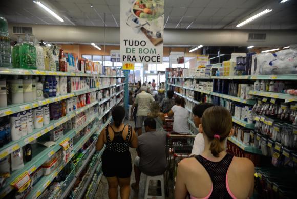 Em Recife, o decréscimos foi de 0,93% para 0,56%. Foto: Tânia Rêgo/Agência Brasil