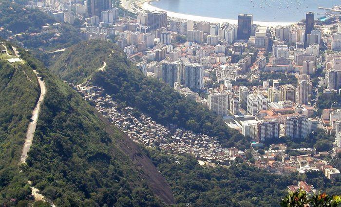 A favela foi a primeira a receber uma Unidade de Polícia Pacificadora. Foto: Reprodução/Internet