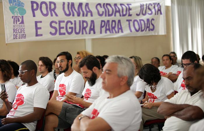 Integrantes da sociedade civil do Recife têm acompanhado a realização da revisão do Plano Diretor do Recife e vem apontando as irregularidades. Imagens: Divulgação
