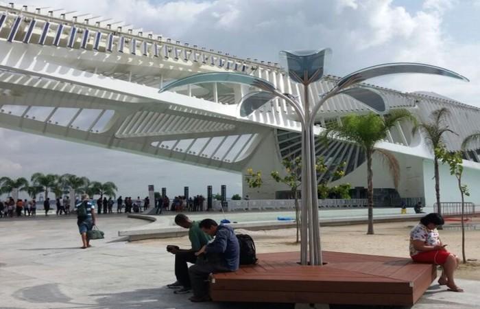 Exemplo da iniciativa. Árvore solar instalada no Museu do Amanhã, no Rio de Janeiro (Foto: Divulgação)  (Árvore solar instalada no Museu do Amanhã, no Rio de Janeiro (Foto: Divulgação) )