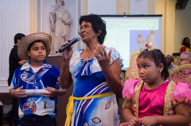 Aos 71 anos de idade, a mestra cirandeira e carnavalesca é reconhecida como uma grande liderança dos folguedos. Foto: Divulgação
