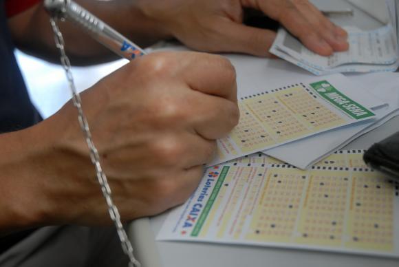 As apostas podem ser feitas até as 19h do dia do sorteio. Foto: Arquivo/Agência Brasil