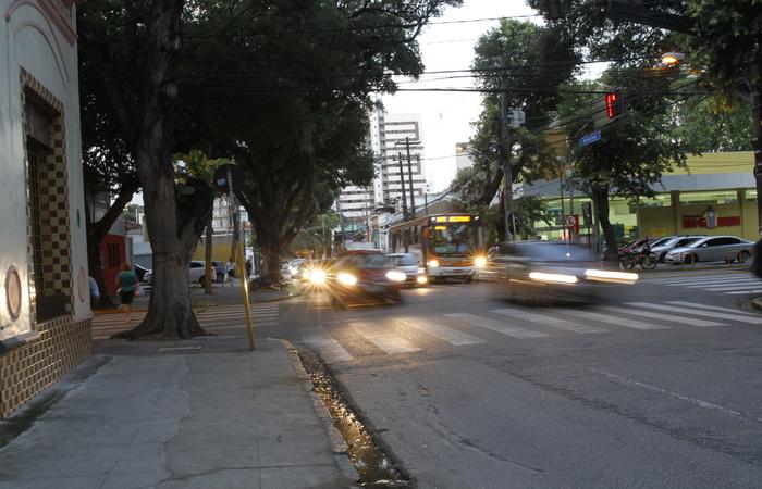 Rua da Hora deverá ser transformada em via para pedestres e ciclistas. Foto: Ricardo Fernandes/DP
