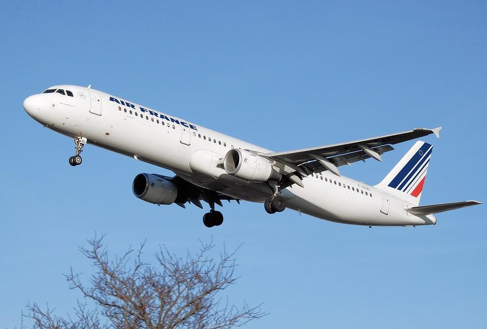 Ao longo do segundo trimestre do ano, a companhia entregou 20 jatos de aviação executiva. Foto: Reprodução/Pixabay